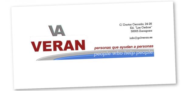 Personas que ayudan a personas
